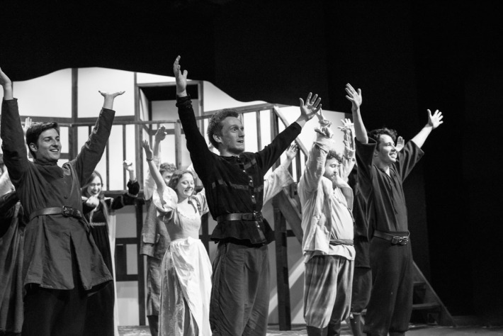 hjorthmedh-henry-iv-dress-rehearsal-54